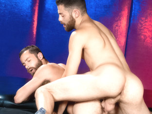 Tommy Defendi & Seth Fisher in Tight Video