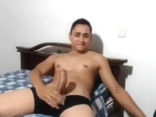 Hottest Str8 Colombian Boy With fetish Cock Cums,Bubble Ass