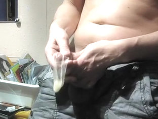 H-ANDY CHAP fill a cum drum! Stroke vid...