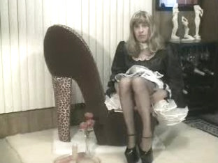Homemade CD maid jerking off