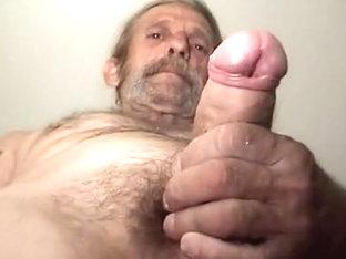 unshaved impure str8 worker shows hisuncut large jock