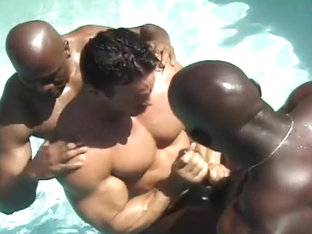Gay Three-way in the Outdoor Pool