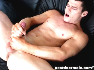 NextdoorMale Video: Chip Tanner