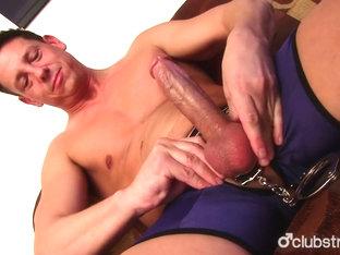 Hot Straight Guy Ryan Masturbating