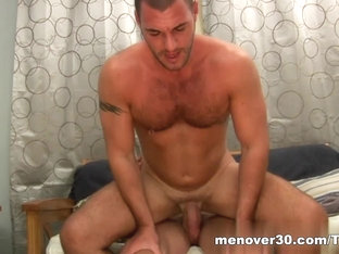 MenOver30 Video: Love Me Wright