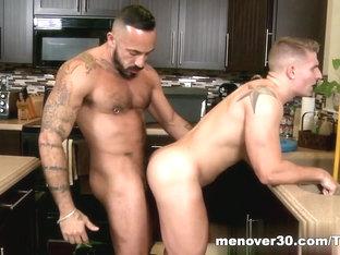 MenOver30 Video: Plumbing 101