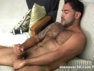 MenOver30 Video: Nick-OH!