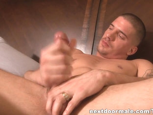 NextdoorMale Video: Ty Roderick