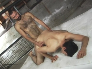 Hairy Arab fucks Latino guy
