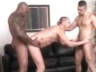 Un trio de lo mas cfetishte (bareback)