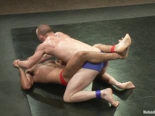 NakedKombat Brenn Wyson vs Leo Forte