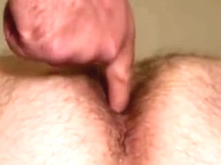 Amateur gay dude gets his asshole creampied
