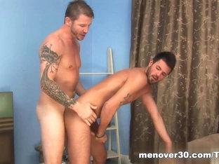 MenOver30 Video: Wyson: Chicken Done Right