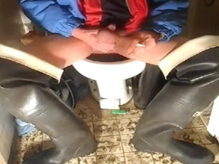 nlboots - waders smoke on toilet plus