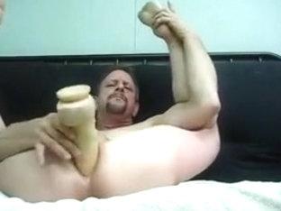 Celebrity Buttboy Michel