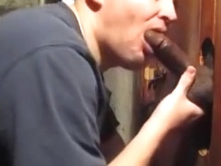 Sucking BBC At The Gloryhole