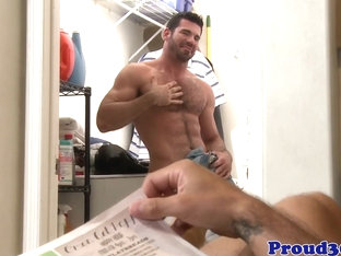 Mature hunk assfucking bear after anal fingering