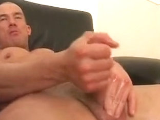Muscle Play