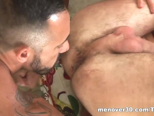 MenOver30 Video: Valentin's Day Ass-acre