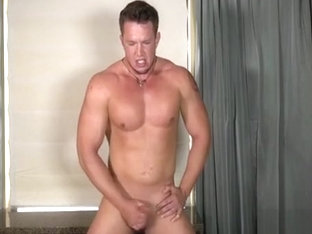 Drew shows off