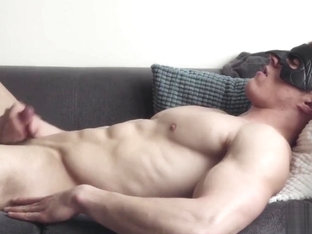 Maskurbate Straight Muscle Hunk Masturbates Thinking Of You