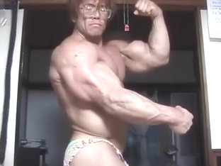 Legend veiny asian Bodybuilder!
