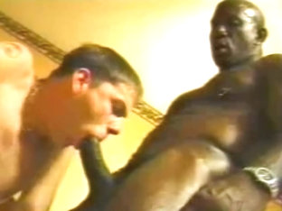 Black Muscle Daddy Bobby Blake Fucking White Twink - Interracial Hotel Room