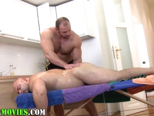 Chubby amateur and bear masseur