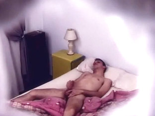 Spycam Jerk in Bed