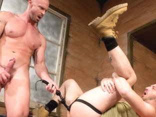 Hole Busters Vol. 8 featuring Tony Hunter, Mitch Vaughn - FistingCentral