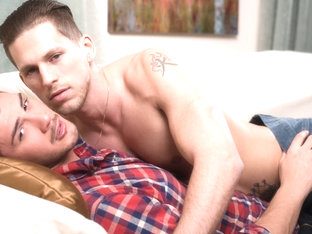 Roman Todd & Justin Dean in Come over  - IconMale