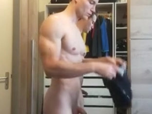 Muscled straight guy
