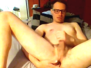 Derek cums on Skype