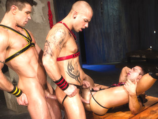 Trenton Ducati & JR Bronson & Rod Daily in The Sub Video