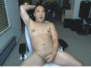 Asian daddy back at it