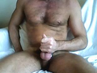 Wanking, cum dripping down shaft