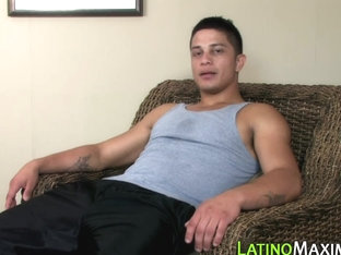 Hung muscly latino solo