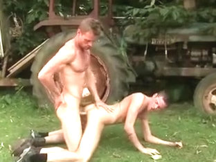 Sex Outside Of The Ranch House Hd