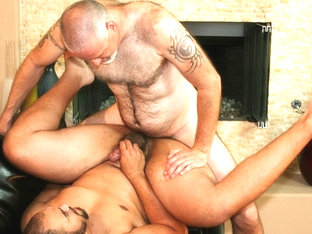 Trevor Belfast and Knotty Cub - BearFilms