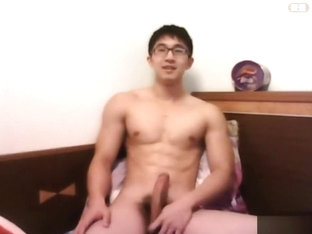 Hot muscle asian hunk wanking