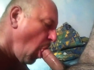 Sucking my beefy married bear neighbour pt2