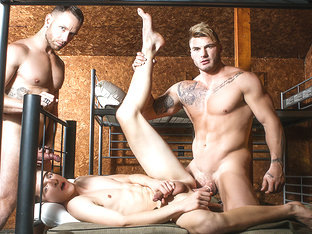 Bellamy Bradley & Kit Cohen & William Seed in Battle Buddies Part 2 - DrillMyHole