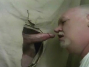 gloryhole cock suck