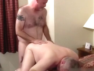 Two hot mandies in bedroom