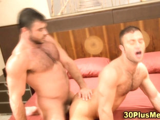 Burly bear gets cumshot after anal