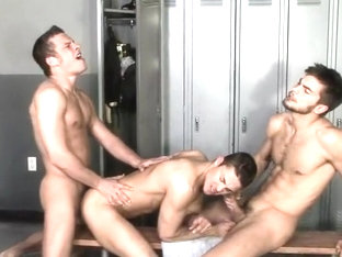 Dustin, Malachi and Xander Threeway Fuck