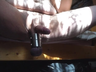 Stretcherwank with multi cum in the sun