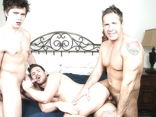 Casey Jacks & Dean Phoenix & Will Braun in Pimp My Daddy Part 1 - MenNetwork