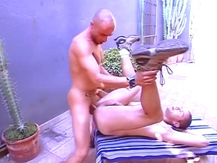 Gay boyfriend gets bung hole cock fucked
