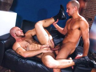 Antonio Biaggi & Aitor Crash in On The Job - Part 01, Scene #01